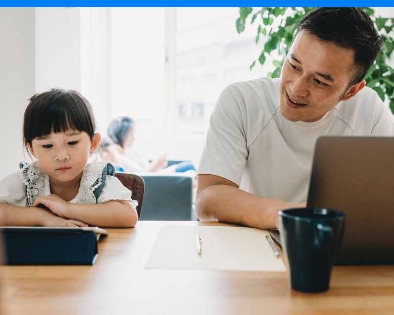Father and daughter, distance learning